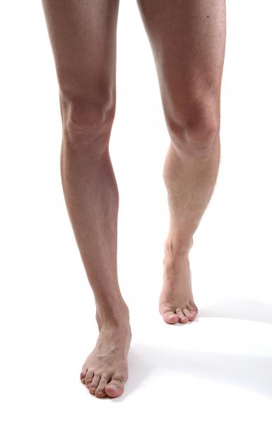 eliminacion-grasa-piernas-clinica-estetica-hombre-clever-man-sevilla